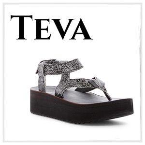 019bc26c3c3 Teva platform Adjustsble leather Strap Sandals My Posh Picks